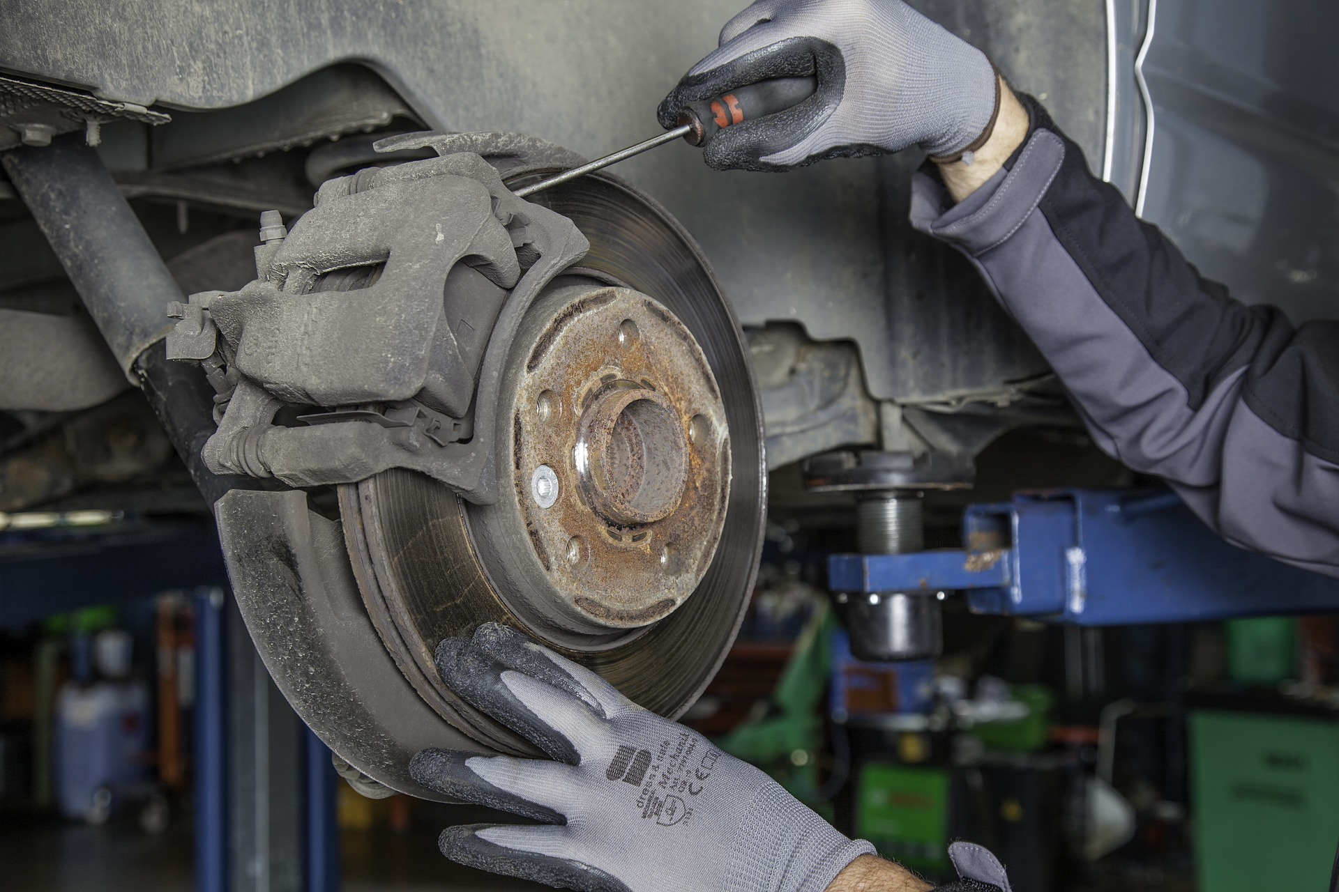 Fahrzeug Inspektion Lüneburg - Wir führen Wartungsarbeiten aller Hersteller durch